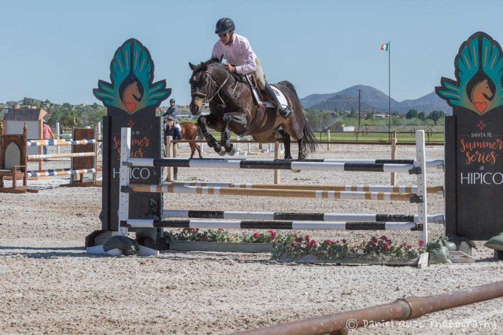 Santa Fe Jumping at Hipico