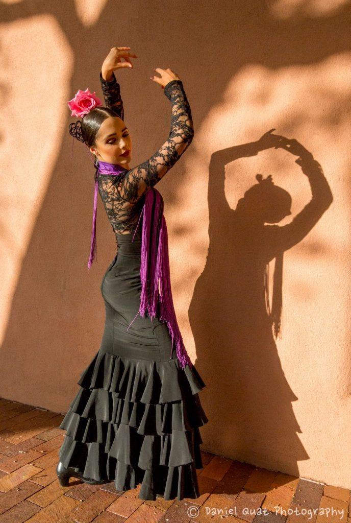 La Emi and her Shadow